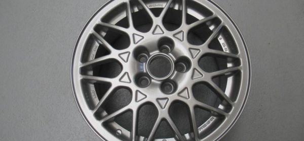 42.  VW VR6 BBS Felge in Royal Silber pulverbeschichtet