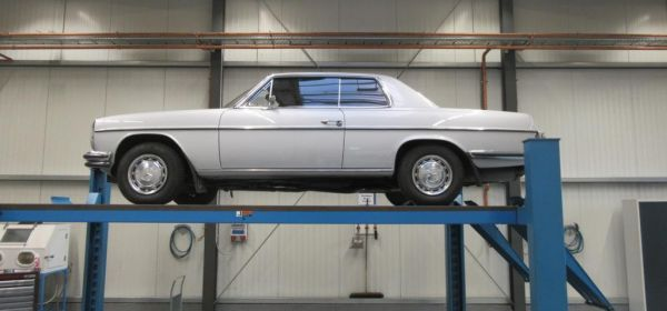 1. Mercedes 280CE Anlieferung